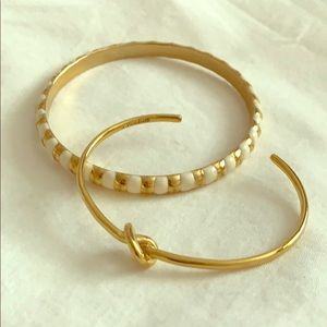 Pair of gold bracelets